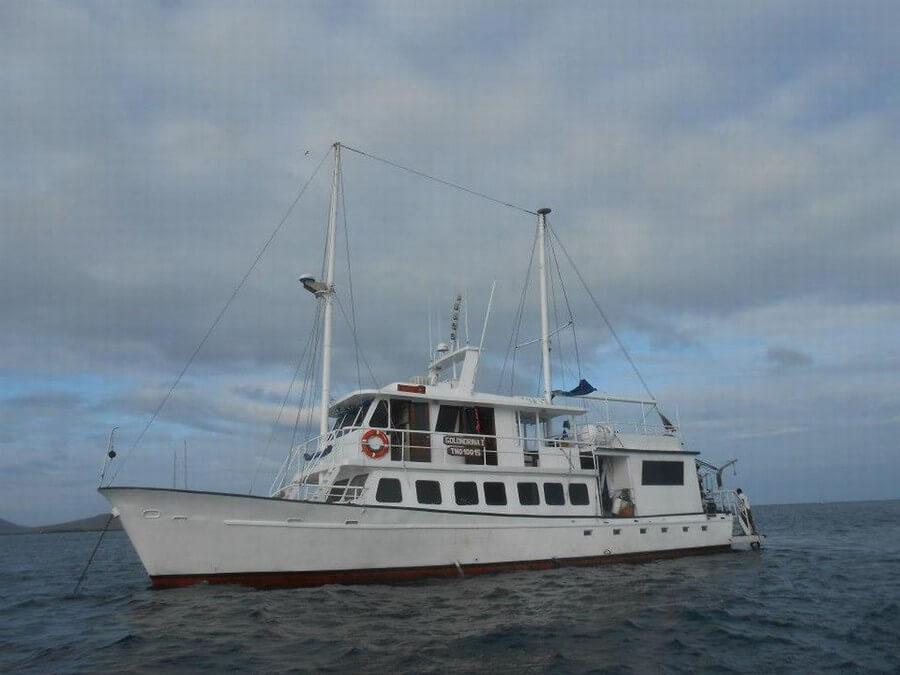 Golondrina Galapagos cruises
