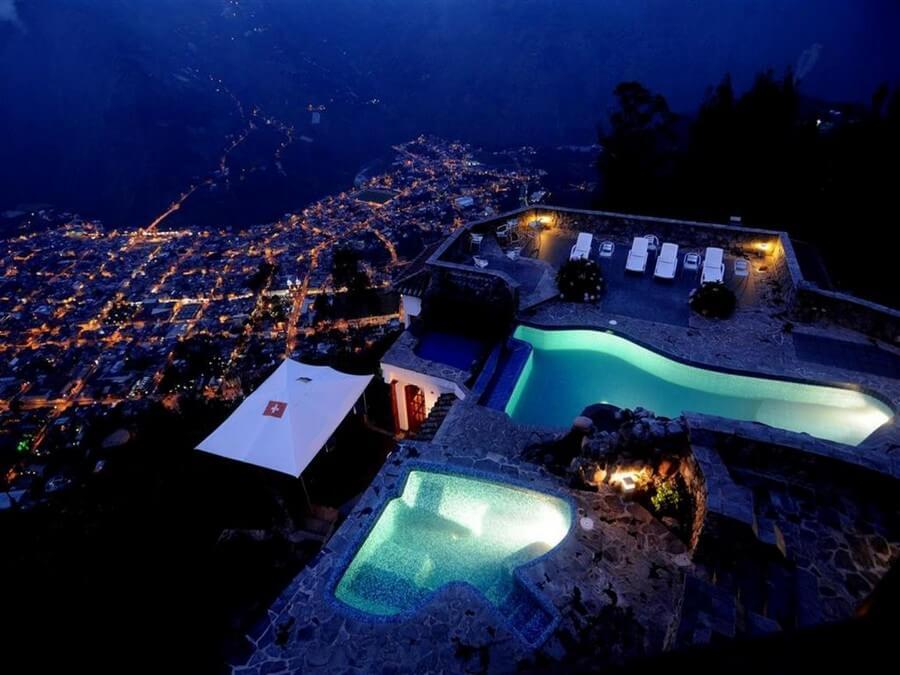Romantic tours Luna Runtun Lodge