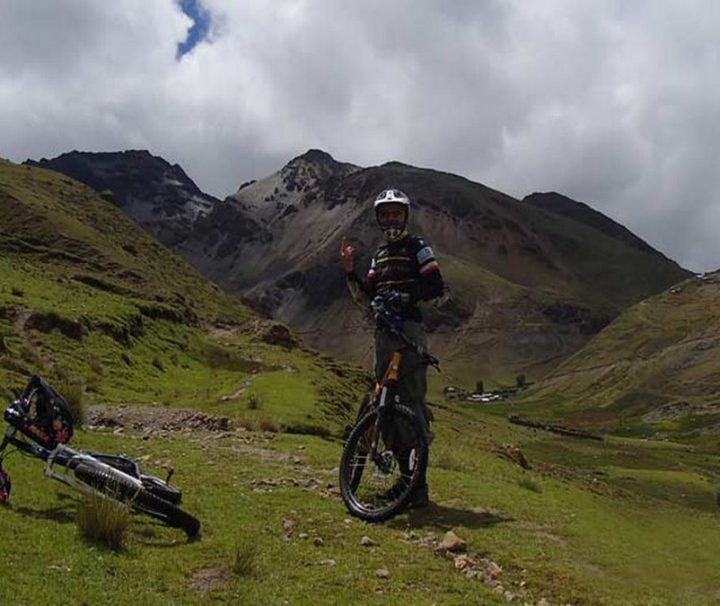 Taste the Road, Cusco biking
