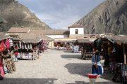 Market in Ollantaytambo town