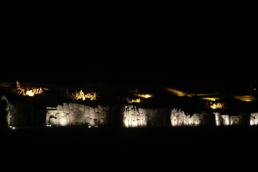 Sacsayhuaman at night