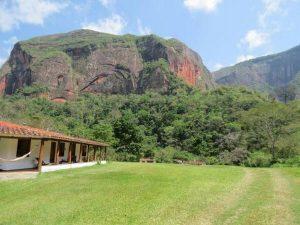 Refugio Volcanes Amboro Bolivia