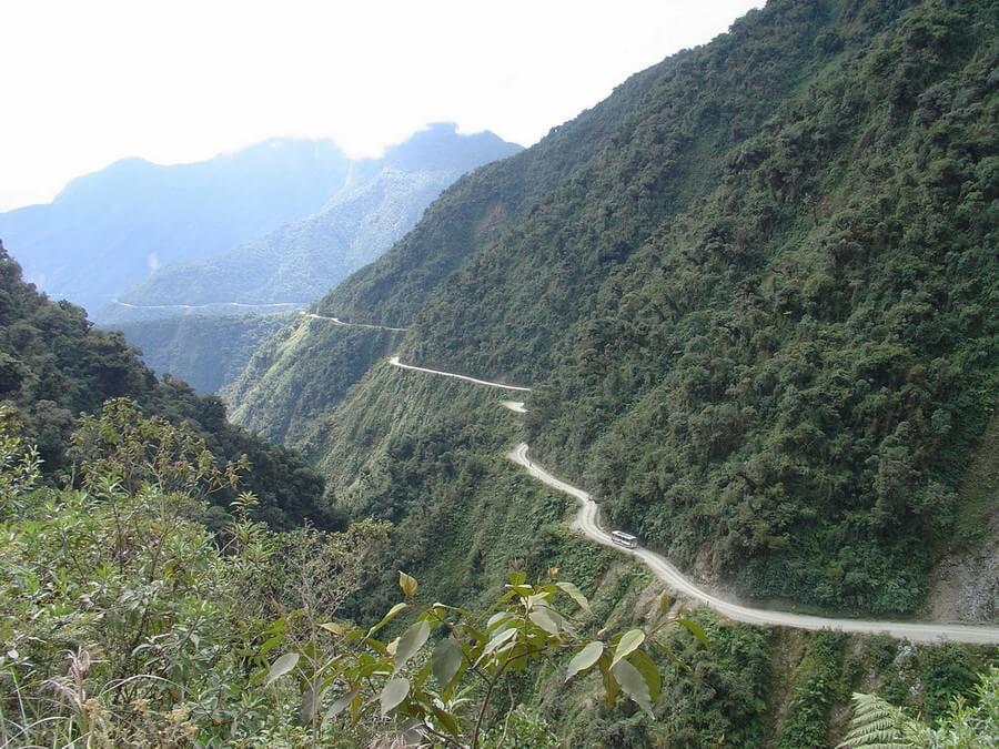 Mountain biking the Death Road