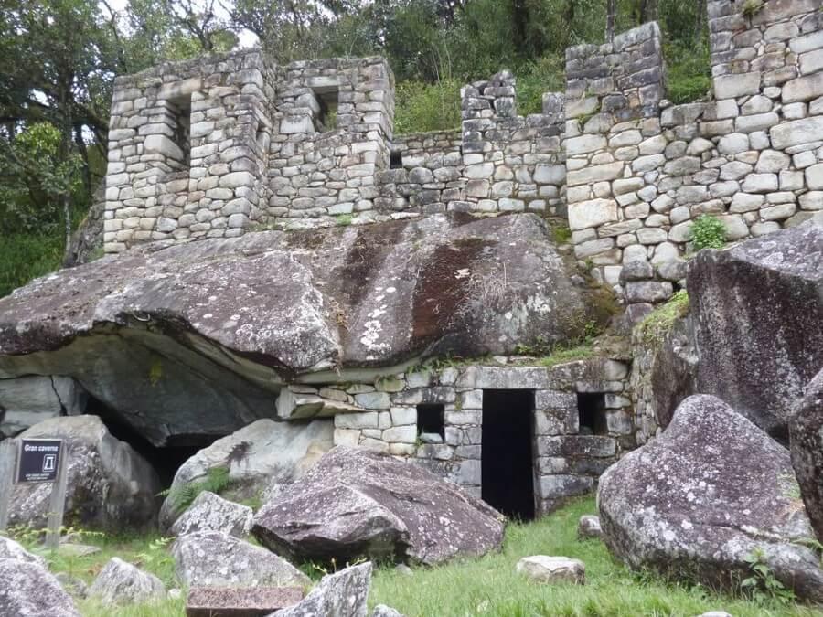 La Luna Temple Huayna Picchu