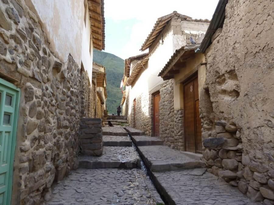 Old streets in Ollantaytambo