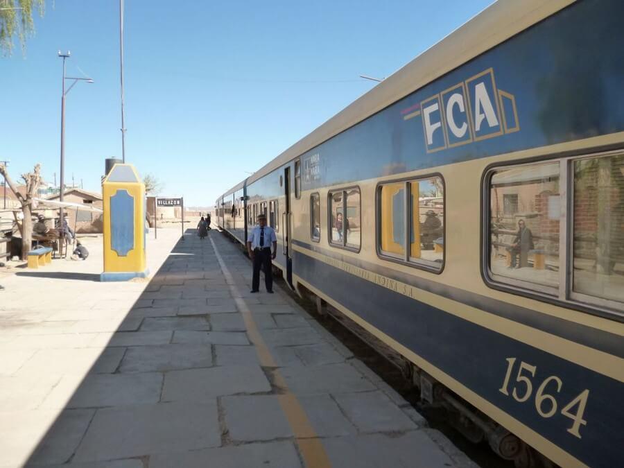 FCA train to Uyuni