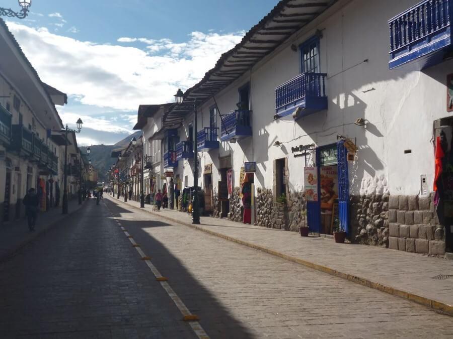 Touristic Calle Plateros, Cusco