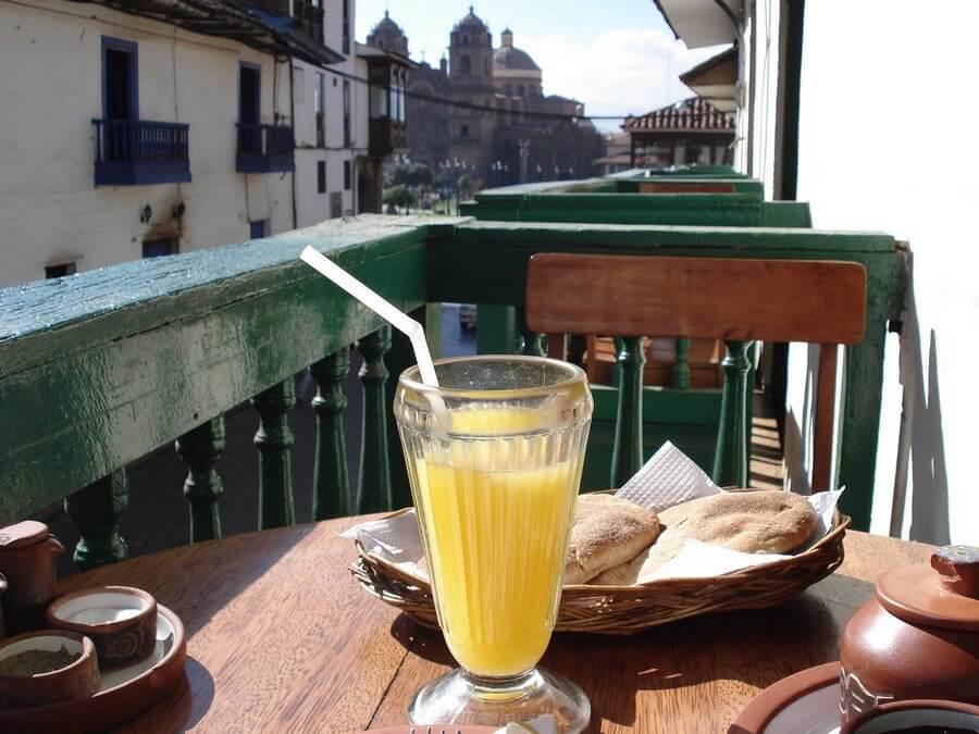 Breakfast with fiew in Cusco