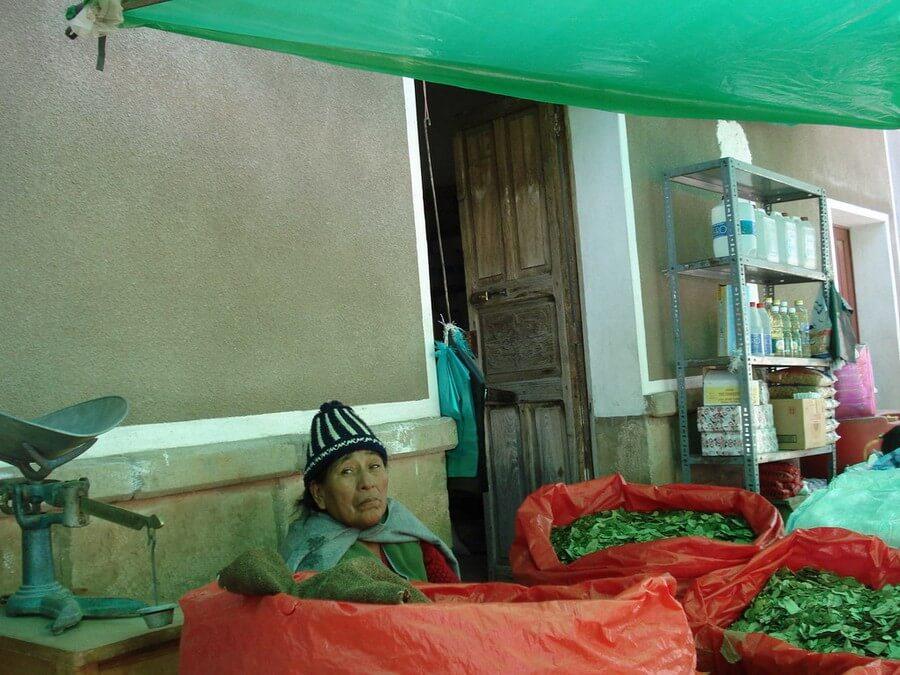 Selling Coca leaves in Tarabuco