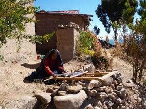 Weaving woman at Taquile Island