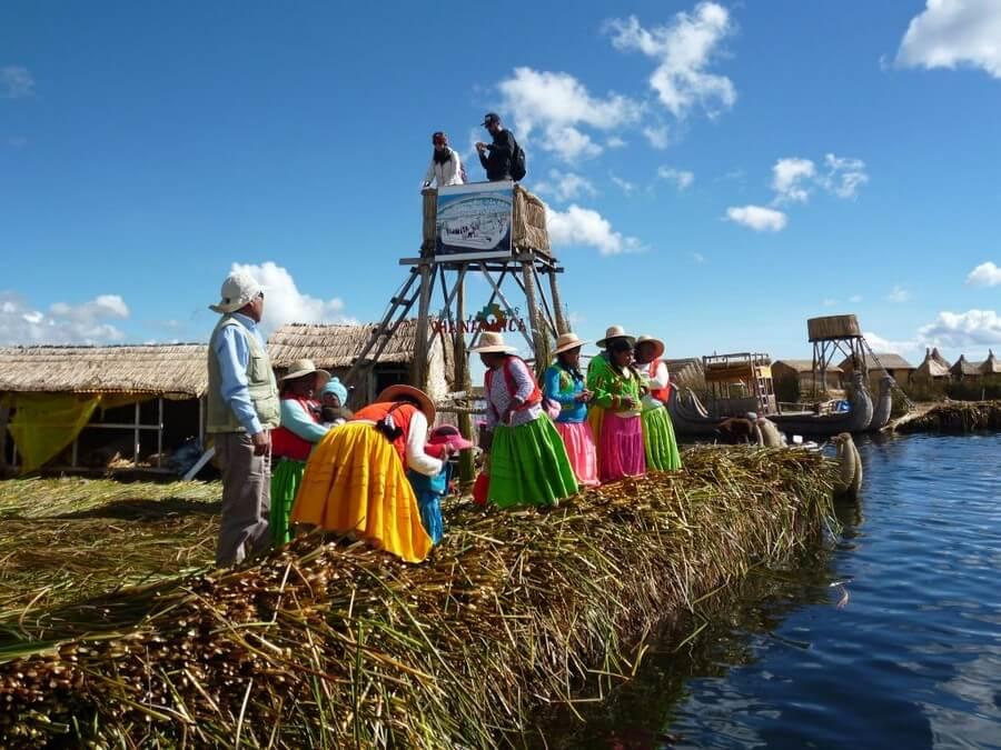 Local women on Uros Island