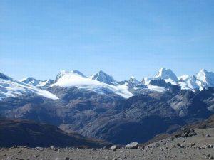 Huayhuas snowcapped mountain view