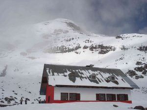 Whymper refuge Chimborazo