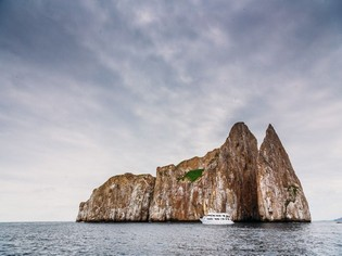 Kicker Rock Galapagos tours Ecuador