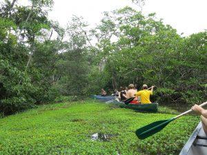paddeling Cuyabeno Amazon Ecuador