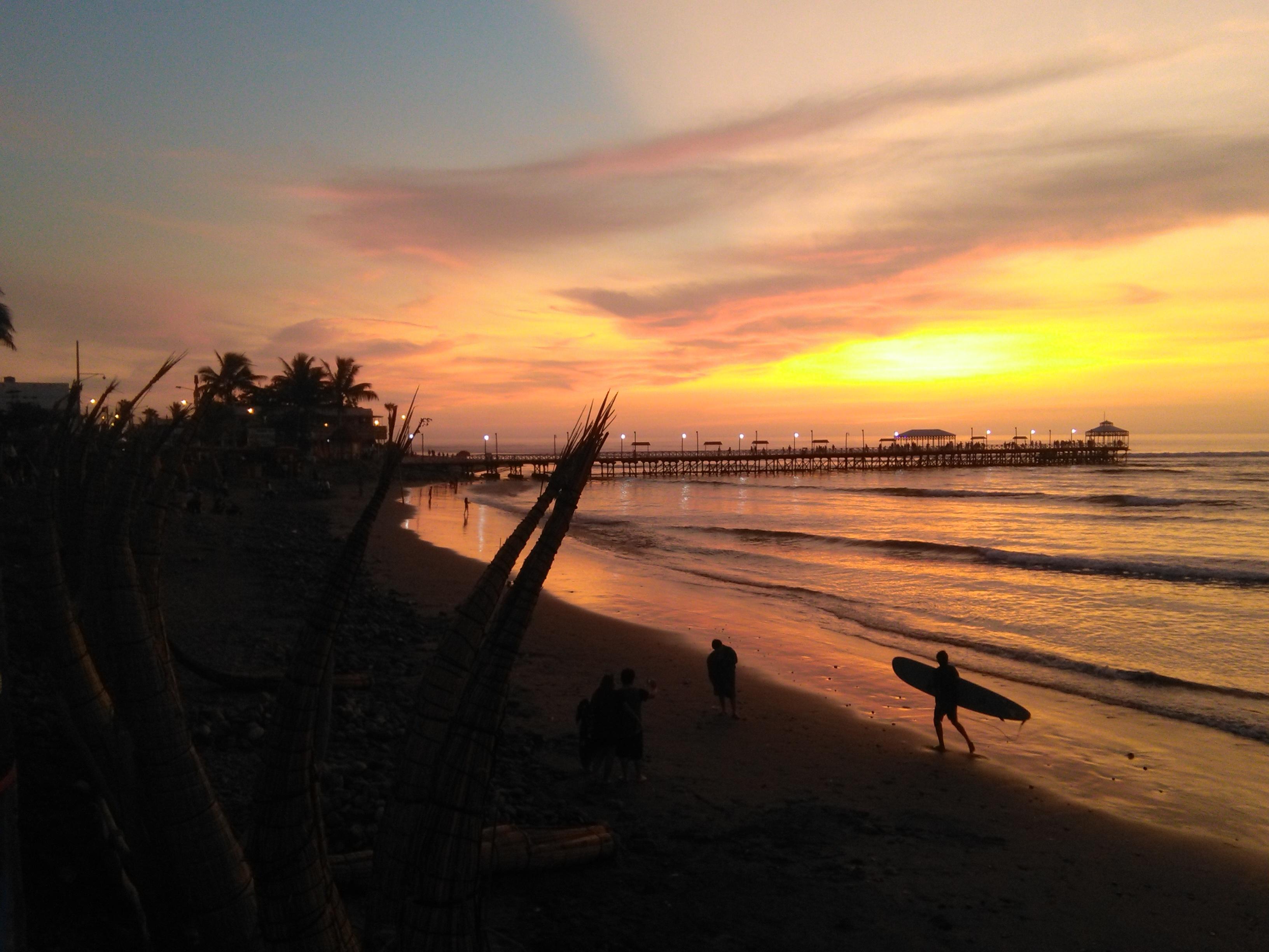 Huanchaco reisinformatie stranden Peru