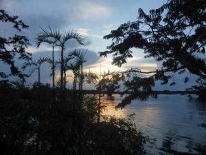 Zonsondergang Cuyabeno Amazone